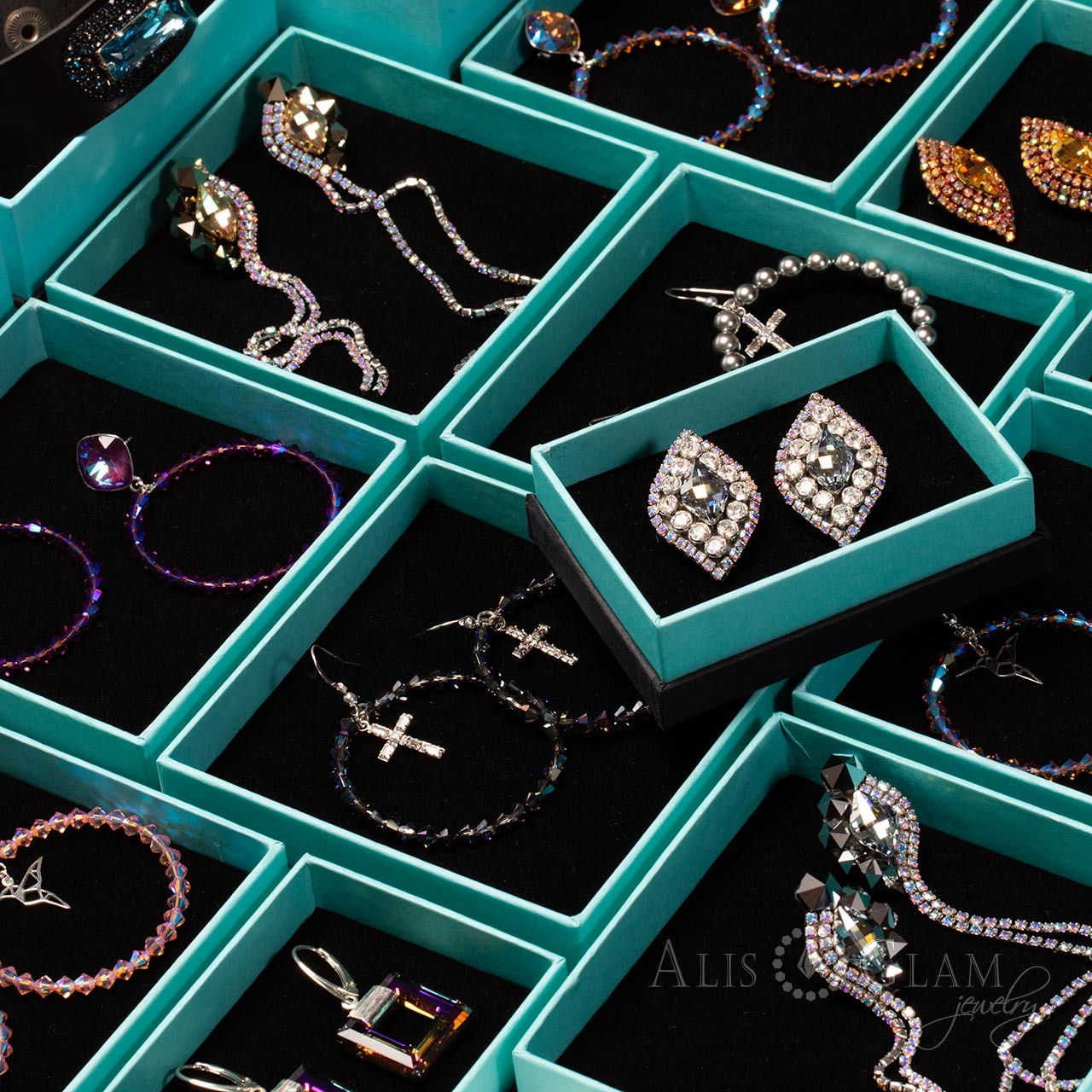 How to care for jewelry with Swarovski crystals